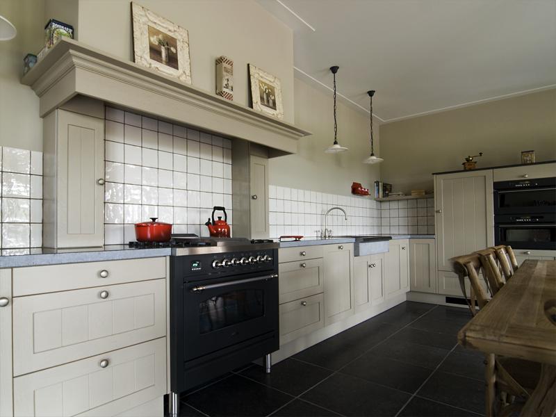 Eiken Keukens Afbeeldingen : Keuken massief eiken met groef